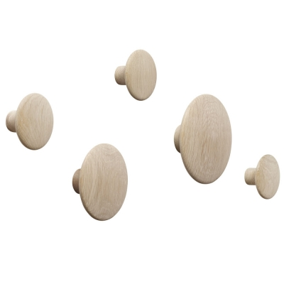 Muuto - The Dots Coat Hooks (Set of 5) Oak