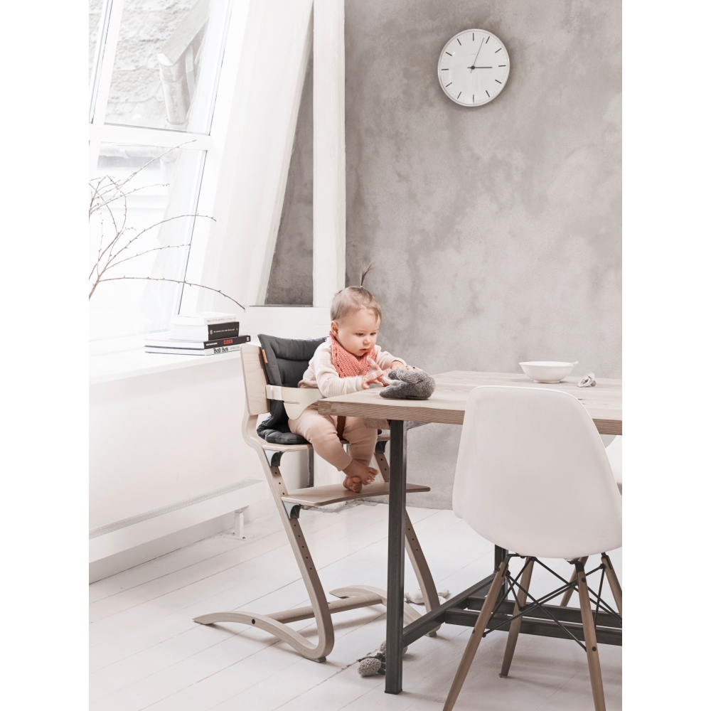 leander hochstuhl nunido. Black Bedroom Furniture Sets. Home Design Ideas