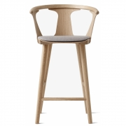 &tradition - In Between SK8 Bar Stool with upholstered seat 65 cm | Oiled / Fiord (251)