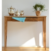 Jan Kurtz - Bonny Console Table
