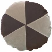 Christina Lundsteen - Cake Kissen Ø 45 cm, Light kit / Chocolate