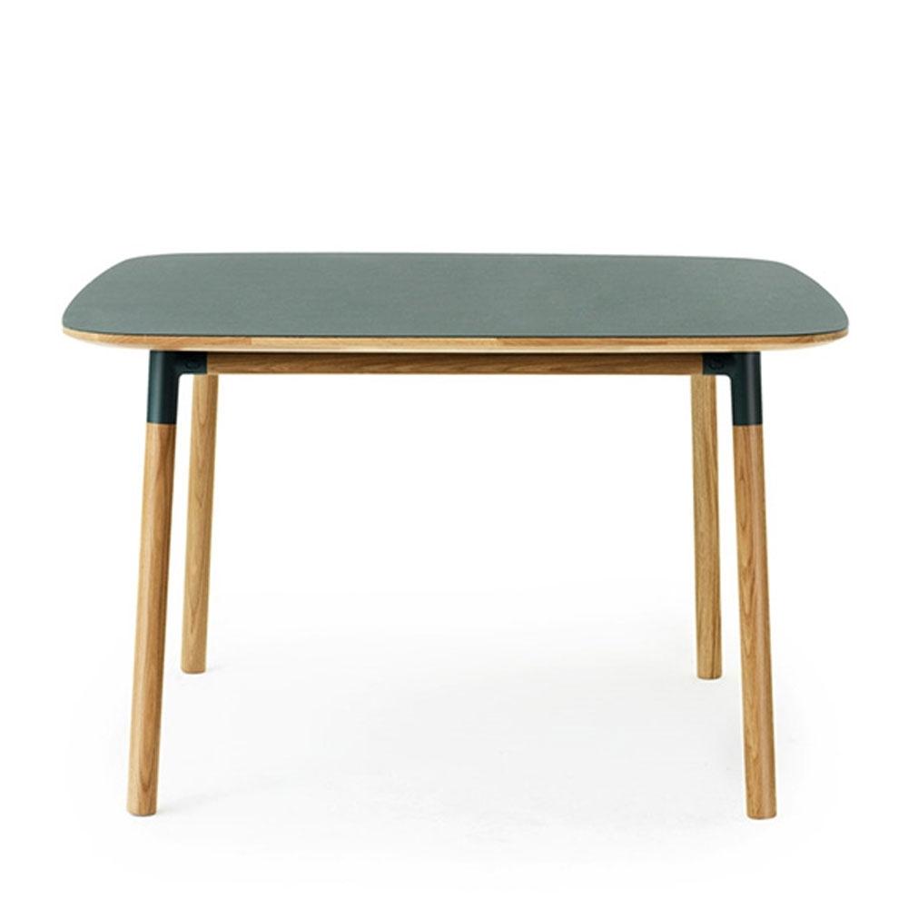 normann copenhagen form tisch quadratisch nunido. Black Bedroom Furniture Sets. Home Design Ideas