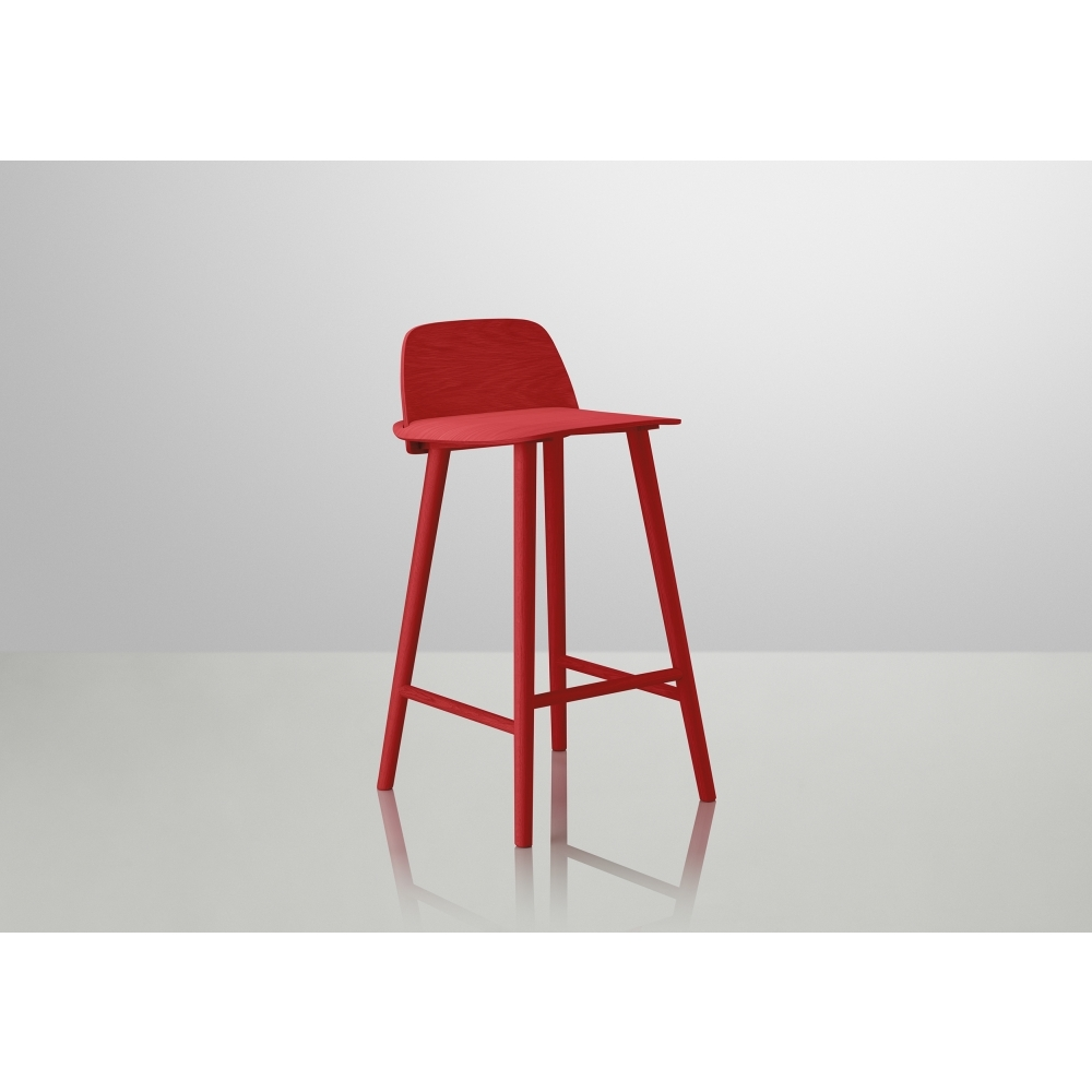 Muuto nerd barhocker 65 cm rot nunido for Barhocker 65
