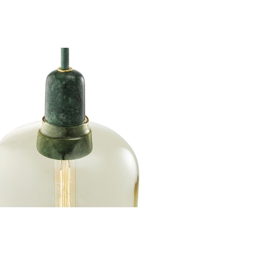 normann copenhagen amp lampe suspension nunido. Black Bedroom Furniture Sets. Home Design Ideas