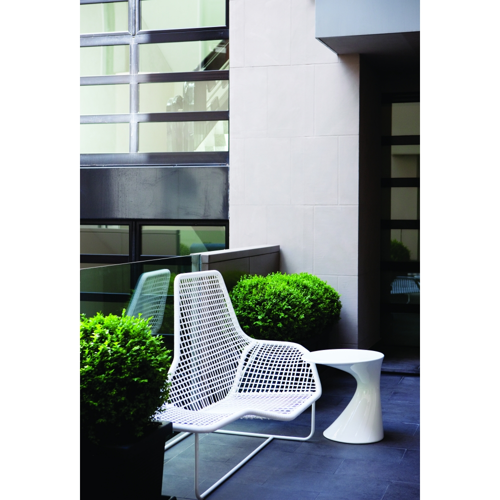 Zanotta - Lama Lounge Chair Outdoor | nunido. on chaise furniture, chaise sofa sleeper, chaise recliner chair,