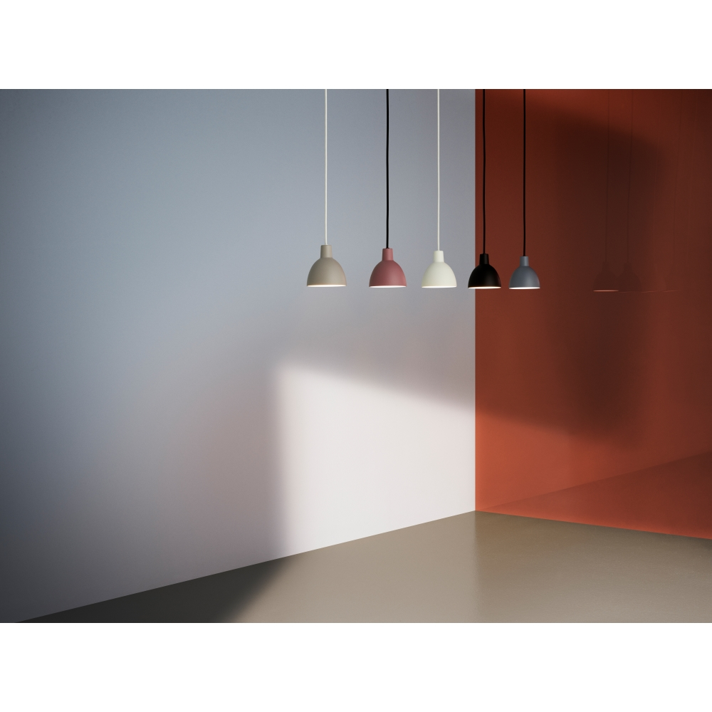 louis poulsen toldbod 120 pendant lamp nunido. Black Bedroom Furniture Sets. Home Design Ideas