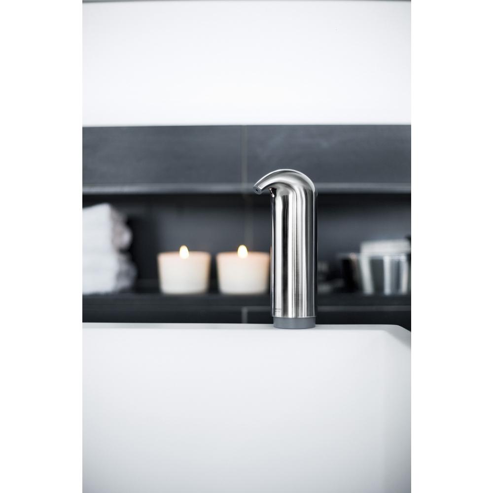 eva solo seifen und lotionspender seifenspender wei nunido. Black Bedroom Furniture Sets. Home Design Ideas